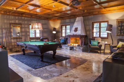 Billardecke im Hotel Valluga St. Anton