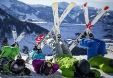Besonderer Start in die Ski-Saison für Familien mit Kindern