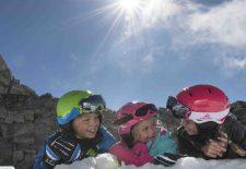 Sicher im Schnee unterwegs mit Kids