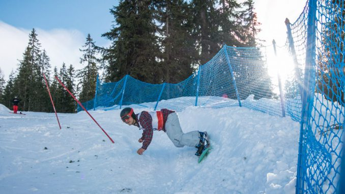LIVINGROOM Banked Slalom
