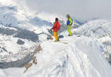 Lech Zürs am Arlberg bietet zum Sonnenskilauf
