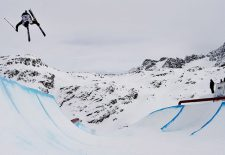 Tess Ledeux  (FRA) und Alex Hall (USA) gewinnen den Freeski World Cup Corvatsch 2018