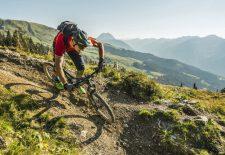 Länger schöner biken: Saisonstart auf dem KAT Bike in den Kitzbüheler Alpen