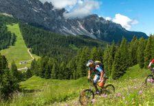 "Bis die Berge glühen: ""Rosadira Bike Festival"" im Eggental"