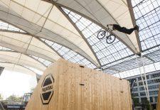 """Flughafen München präsentiert zweites """"Bike & Style"""" im MAC-Forum"""