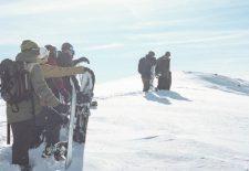 Absinthe Films präsentiert neuen Snowboard-Film 'Stay Tuned'