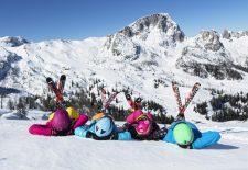 Erschwinglicher Skiurlaub für die ganze Familie am Nassfeld