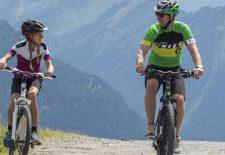 Alles dreht sich um die Wildkogel-Arena – auch die Bikes