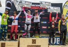 Brook MacDonald und Tracey Hannah feiern zweiten Downhill-Sieg der Saison bei Crankworx Innsbruck