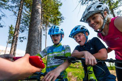 Kinder mit GPS im MTB ZONE Bikepark Willingen © David Heise