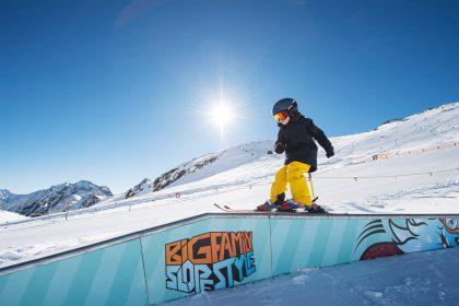 big-family Slopestyle Stubaier Gletscher © Andre Schoenherr