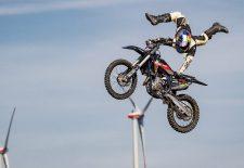 Luc Ackermann holt Gold bei Red Bull Dirt Diggers