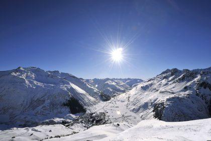 Andermatt Winter © Radisson Blu Hotel Reussen