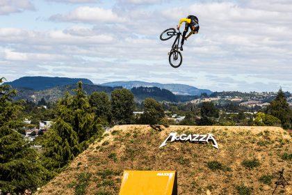 Emil Johansson dominiert Crankworx Rotorua Slopestyle © Kike Abelleira
