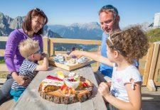 Sorgenfreier Sommerurlaub im Herzen der Dolomiten