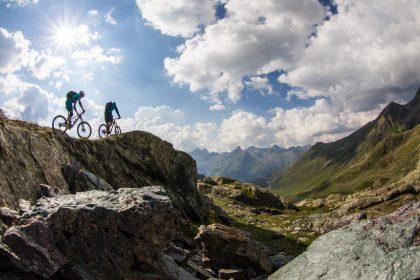 Von Ischgl bis ins schweizerische Samnaun erstreckt sich eins der größten Mountainbike-Gebiete der Ostalpen © TVB Paznaun/Ischgl